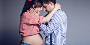 Sesja ciążowa w stylu retro – fotograf Częstochowa.